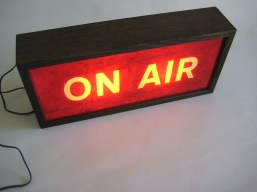 vintage-lightbox-sign-on-air-red (1)